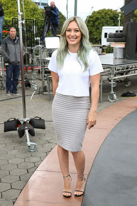 Hilary Duff's Best Style Moments Of All Time - Wheretoget
