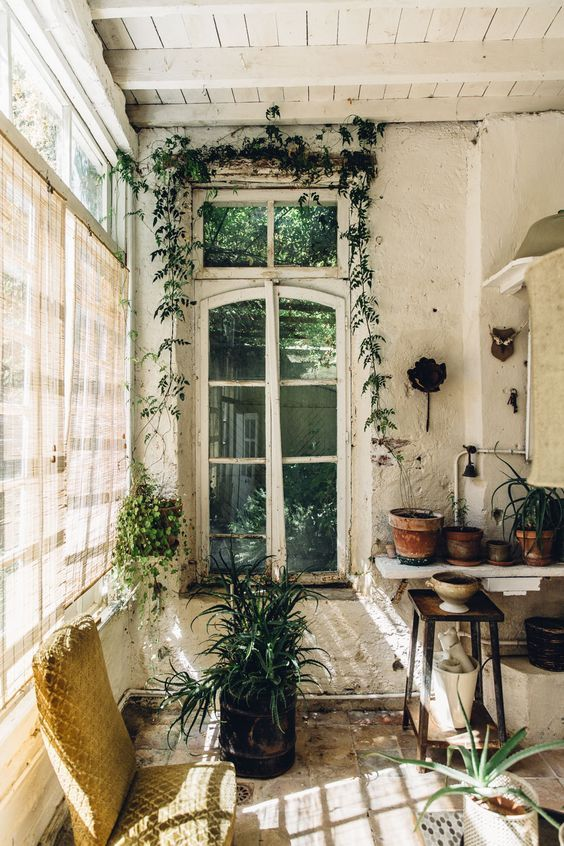 21 Amazing Ways To Decorate With Plants Design Addict Mom In 2020 Garden Room Home Rustic Gardens