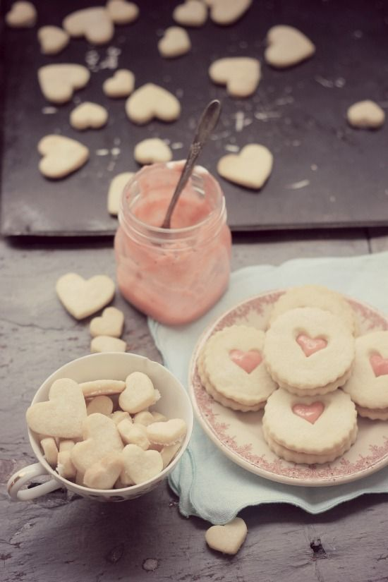 Strawberry Lemon Curd Shorbread Cookies from @Evan Baker Bettie