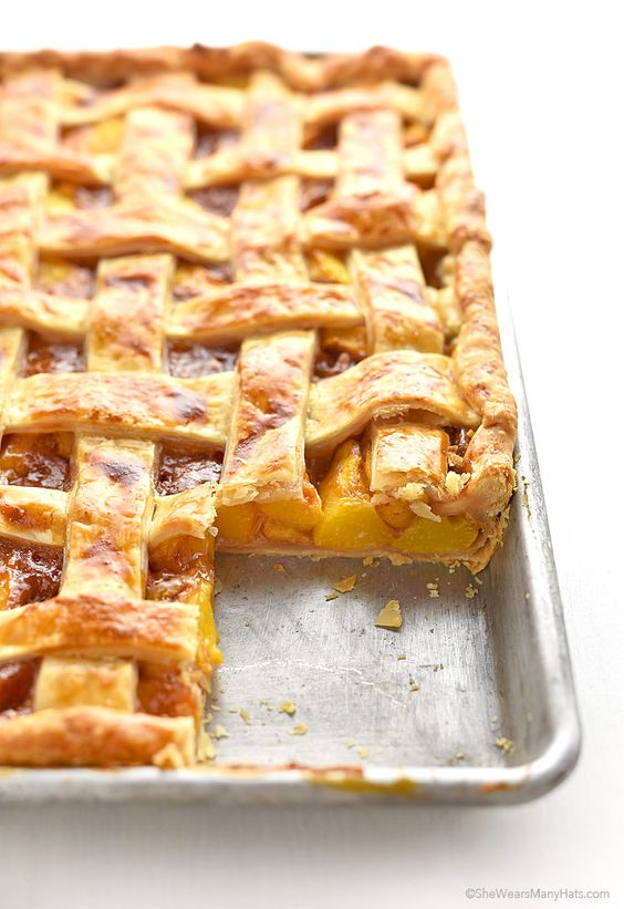 Peach Slab Pie Recipe | shewearsmanyhats.com