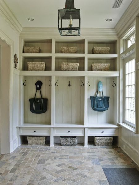 Mud Room: Be nice to have a window adjacent to the lockers.