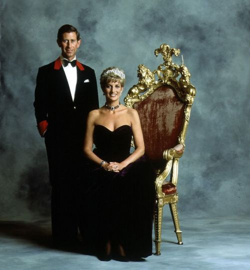 Princess Diana and Prince Charles split. It is announced from Buckingham Palace that, with regret, the Prince and Princess of Wales have decided to seperate. They have no intention to divore and will both continue to have an active role in their boys' lives. 1991