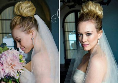 I really like how the photographer took a picture of Hilary Duff with bouquet