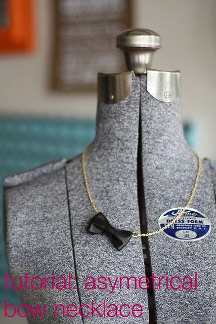 bow tie necklace tutorial! yes please.