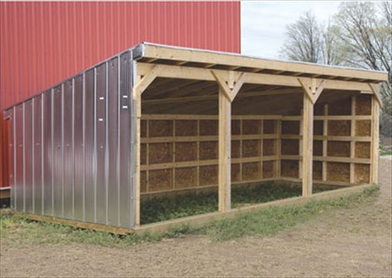 Diy easy horse shelter easy diy and crafts pallet for Simple barn house design