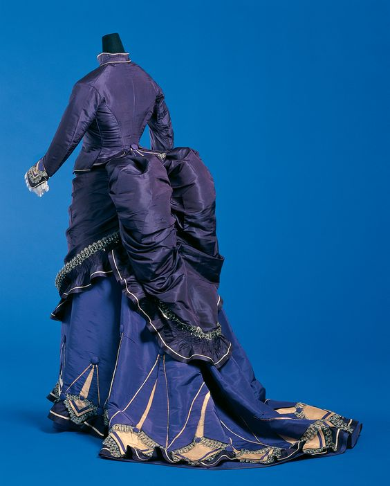 19th Century (Bustle Period): Day Dress, Bustle, apron front