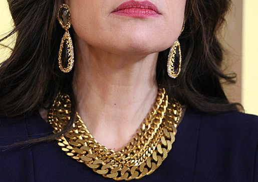 Gold chain necklace by Ben Amun Earings by Alexis Bittar