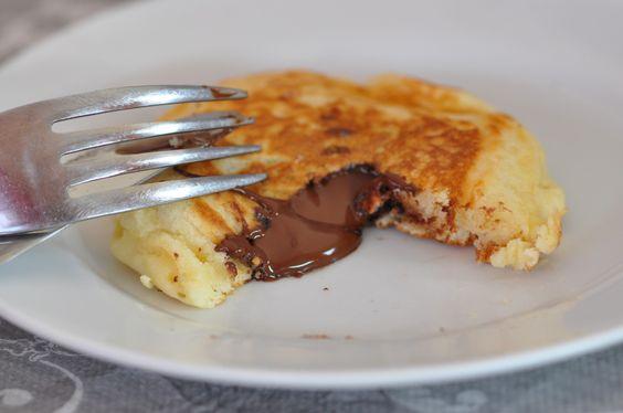 Pancakes fourrés au chocolat (ou autre)