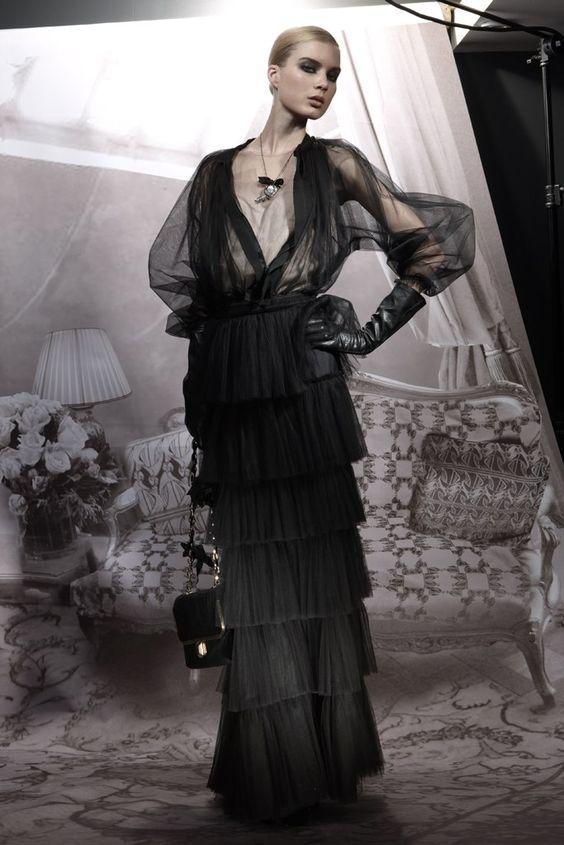 Lanvin Pre-Fall 2009 Collection Photos - Vogue