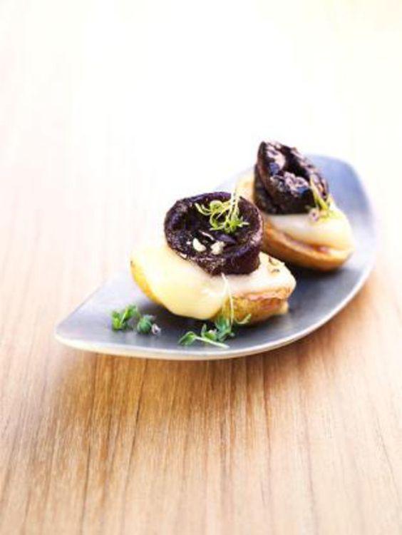 Unser beliebtes Rezept für Raclettekartoffeln mit Trockenpflaumen und mehr als 55.000 weitere kostenlose Rezepte auf LECKER.de.