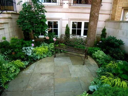 Nicely designed small space garden gardening creating growing pinterest small spaces - Trees for shade in small spaces concept ...