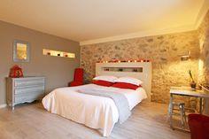 Astuces, couleurs, mélanges de style et agencement ingénieux : les chambres des décorateurs dévoilent une mine d'idées à piquer !