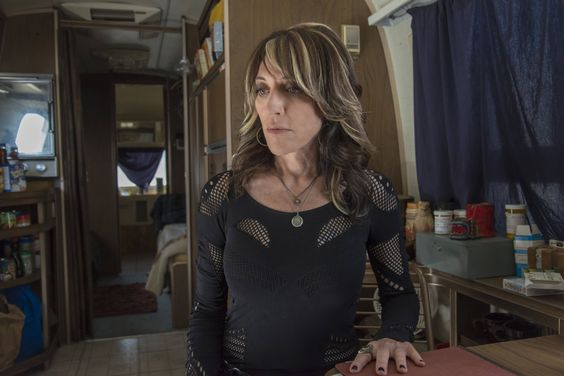 The walls are closing in on Gemma Teller. In this week's Sons of Anarchy, the Queen of SAMCRO learned that her increasingly chatty accomplice, Juice, had been captured by Jax — a worst case scenari...