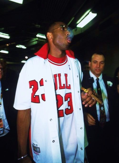 Kobe Bryant celebrating like MJ. Score 81 in a game and you can do ...