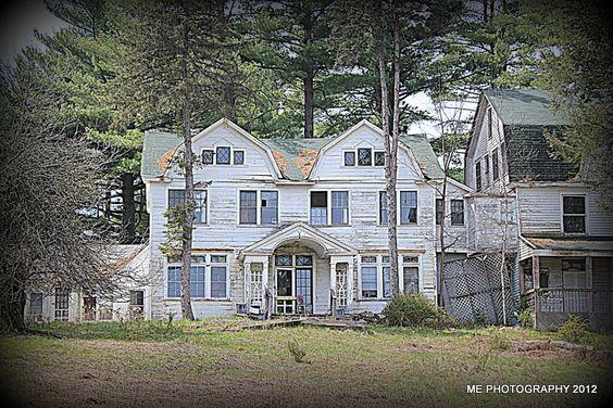 Lake House On Lake Huntington Upstate Ny Abandoned
