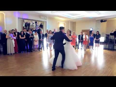 Amazing Wedding First Dance Ed Sheeran Perfect Youtube Wedding First Dance Amazing Weddings First Dance Wedding Songs