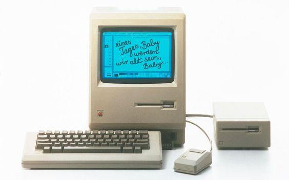 Richard Gutjahr hat seine Geschichte aufgeschrieben: Liebe auf den ersten Doppelklick: My Mac & Me - a truetype story #Computer #history