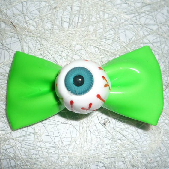 Gothic Kawaii Eyeball Hair Bow