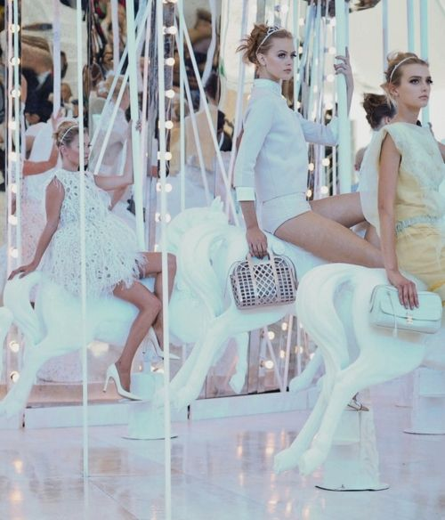 Marc Jacobs' designed Louis Vuitton Spring/Summer 2012 collection. <3 the carousel runway theme