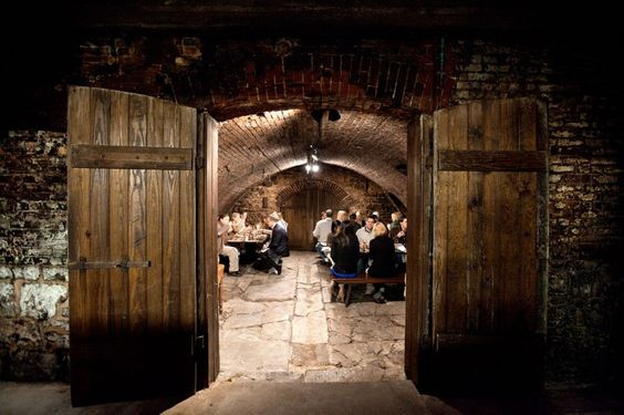 UNDERGROUND dinner at Hermannhof Winery. Missouri-wine-themed event highlighted the wine-making traditions and triumphs of our region. Story and photos by @FeastMagazine
