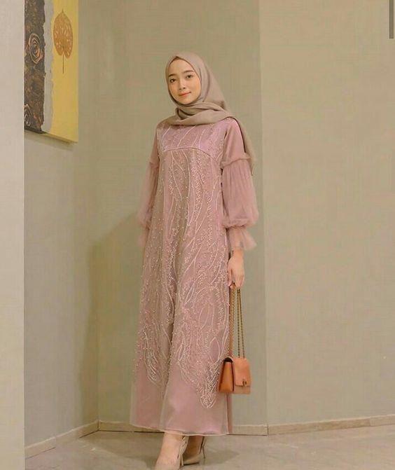 Siap Tampil Cantik Dengan Inspirasi Ootd Kondangan Hijab Ini Di 2020 Model Baju Wanita Model Pakaian Baru Model Pakaian