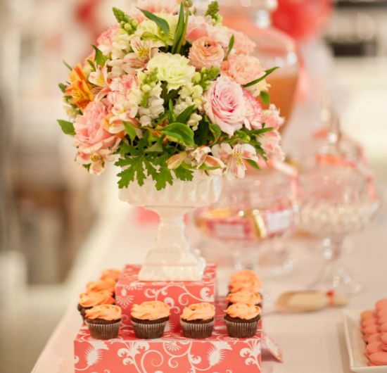 #table  |  #flower  |  #pink  |  #sweet  |  #classic
