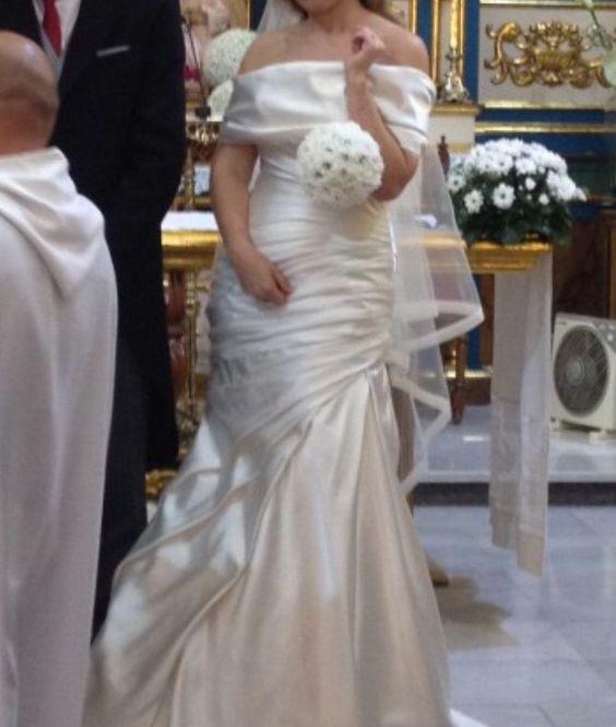 ¡Nuevo vestido publicado!  Pronovias Colección mod. Ocelo glamour 2014 ¡por sólo 800€! ¡Ahorra un 43%!   http://www.weddalia.com/es/tienda-vender-vestido-novia/pronovias-coleccion-mod-ocelo-glamour-2014/ #VestidosDeNovia vía www.weddalia.com/es