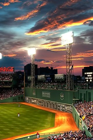Fenway Park, Boston.... I will see a game in this ballpark in my lifetime!!!! It is truly the best!!!!.