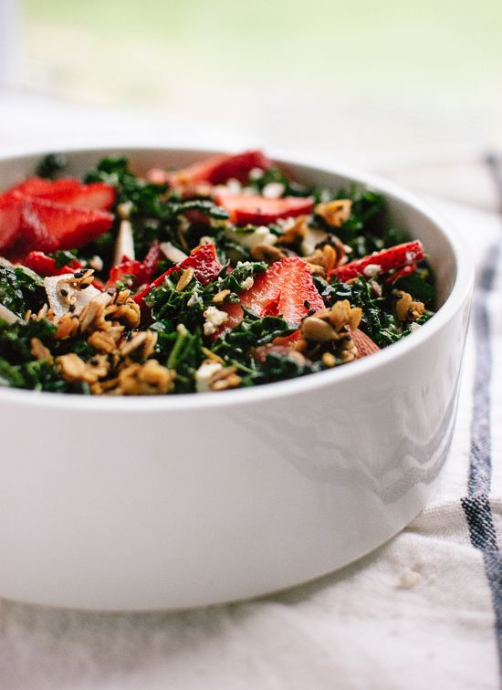 Lemony strawberry and kale salad with savory granola croutons - cookieandkate.com