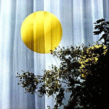 """'Vorhang """"Lampions""""' von Rudolf Büttner bei artflakes.com als Poster oder Kunstdruck $18.71"""
