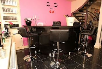 Our Hollywood brow and nail bar