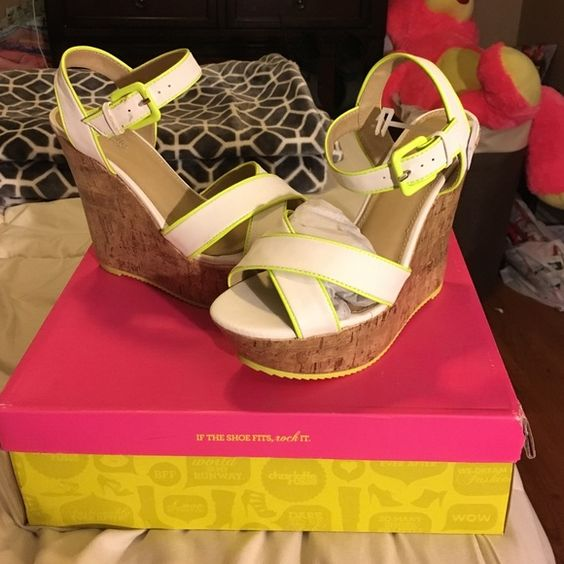 New Charlotte Russe wedges sz 7 Brand new in box. Small scuffs to band as shown in picture Charlotte Russe Shoes Wedges