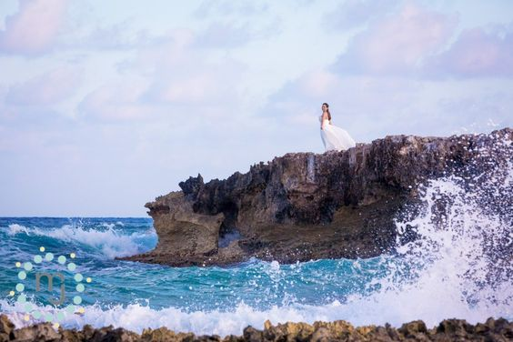 » Cozumel Beach Photos | Jimmy & Britney | Destination Wedding Photographers | M & J Photography