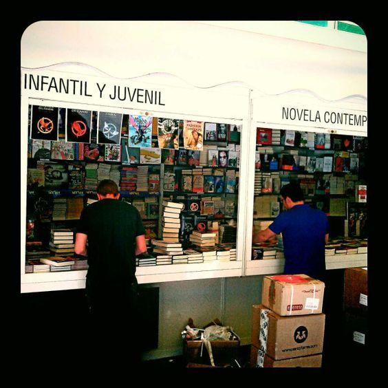 ponen a punto FLM12 / Feria del Libro, en el Retiro