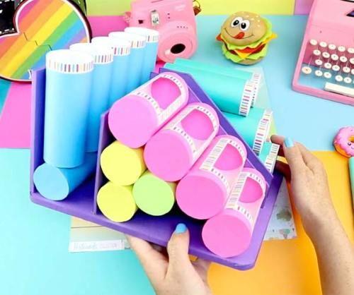 12 Organizador con rollos de papel