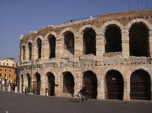 awesome Arena, Verona