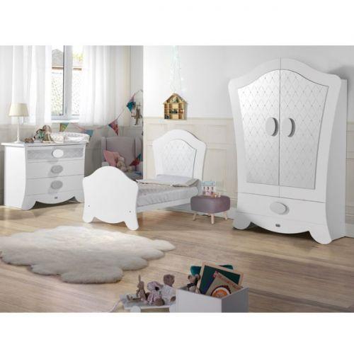 Habitación de Bebé Micuna Cuna Cama Alexa blanco plata big. Muebles y complementos de la colección Alexa blanco plata big de Micuna para crear la #habitación de #bebé ideal para recibir al recién nacido.