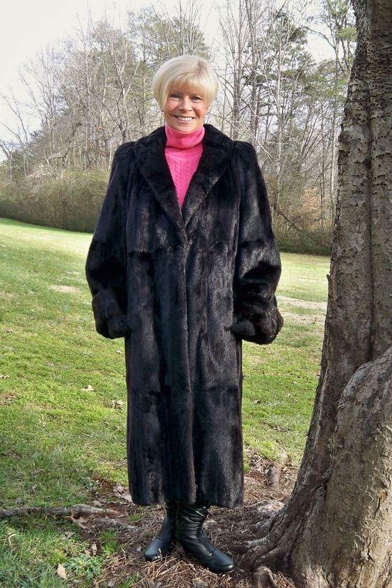 Black Beauty* BLACK Female MINK Fur Coat Full Length 1X 2X 16 18