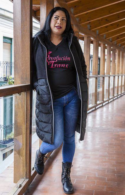 Stacy Velásquez, posa para las fotos. / Foto: J. Marcos