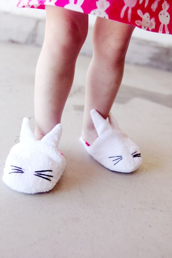 FREE bunny slippers PATTERN!