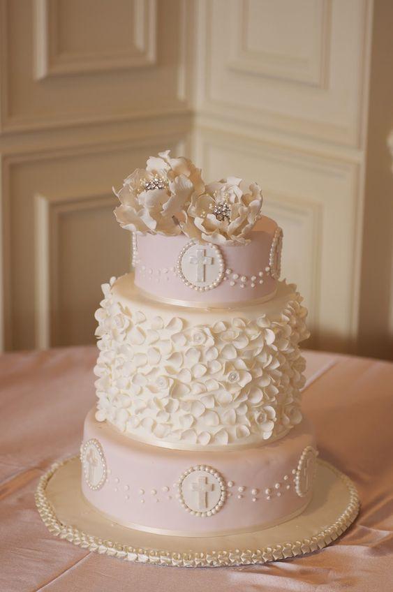 Ruelo Patisserie: Holy Communion cake                              …