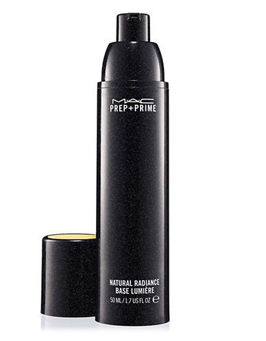 MAC Prep + Prime is the best makeup primer to get an even tone throughout your face!
