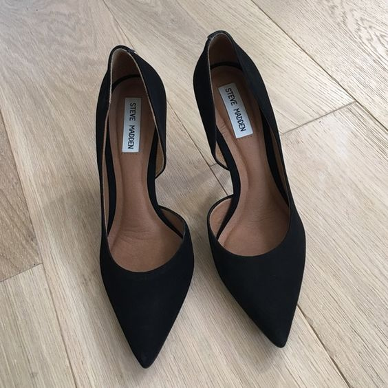 Heels Steeve madden heels, worn only few times, very good condition. Size 8 Steve Madden Shoes Heels