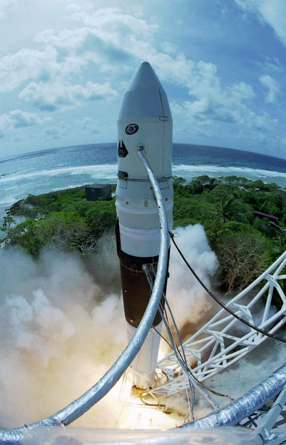 Falcon 1 at SpaceX launch pad, Kwajalein Atoll. Photo: Thom Rogers: