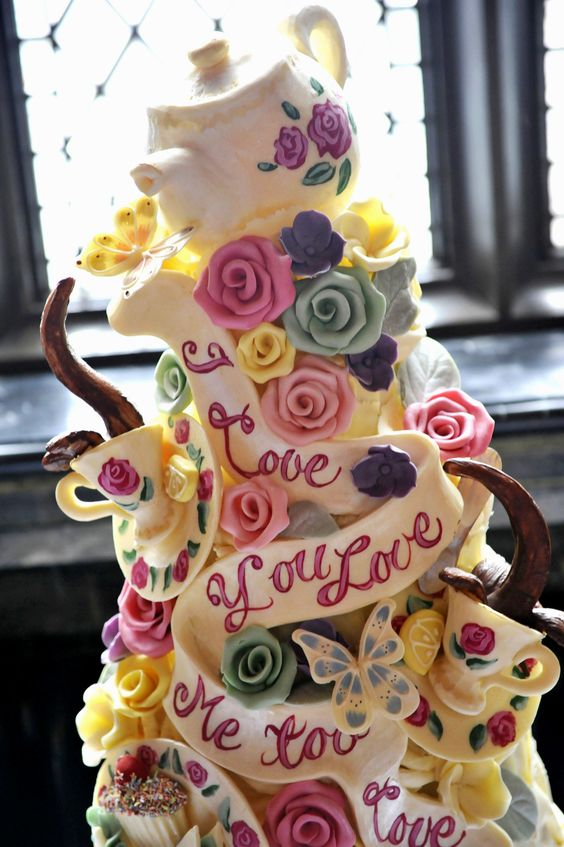 Mad Hatter Wedding Cake Ideas | Wedding Cakes | Pinterest | Ideas ...