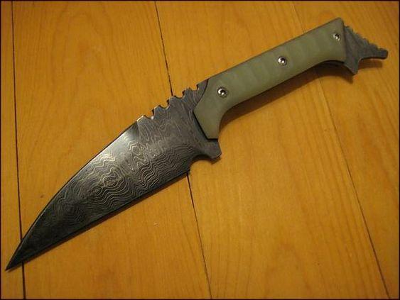 Derespina Knives
