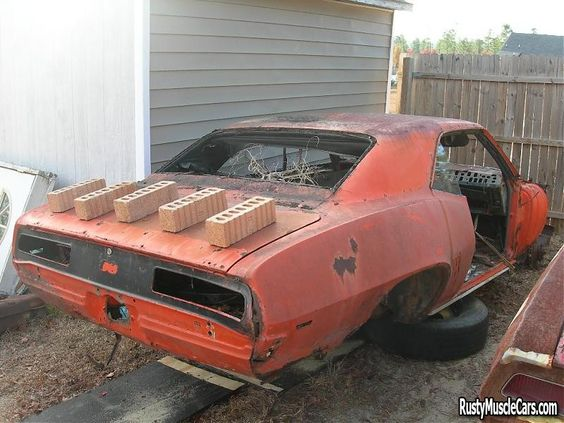 unrestored wrecked 69 camaro dead cars barn finds pinterest cars muscle cars and muscle. Black Bedroom Furniture Sets. Home Design Ideas