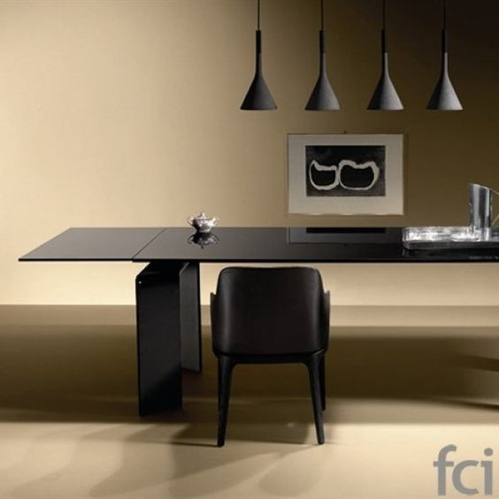 Ray Plus Black Extendable Table by Fiam Italia