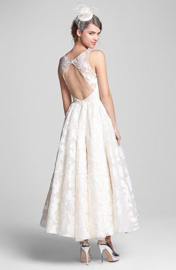 Hayley paige tea length dress accessories nordstrom for Nordstrom short wedding dresses