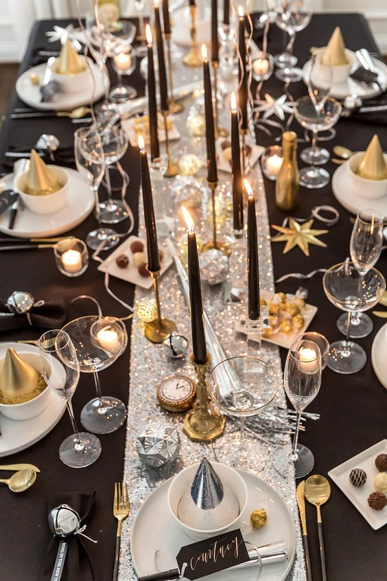 New Years Eve Party Ideas | Black and White New Years Party Ideas | Our complete list of New Years Eve party ideas from decorations to healthy New Years Eve Recipe! We have rounded up a complete list of everything you need to host the ultimate new years eve party! The perfect party New Year's Eve celebration with your friends or family! #nye #newyears #newyearseve #newyearsevedecor #nyedecor #decoration #decorideas #partyideas #celebration #partynewyears #newyearsrecipes #nyerecipes